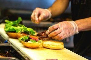 Descubra como montar uma hamburgueria em casa,  delivery de hambúrguer e hambúrguer artesanal!